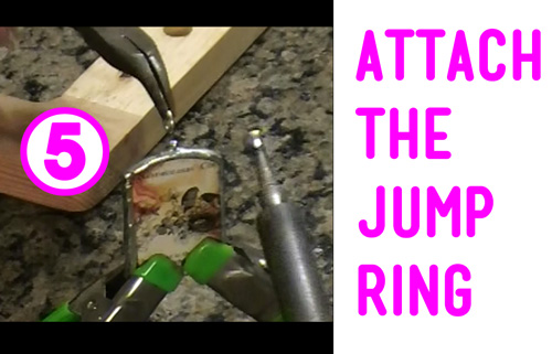 Attaching the Jump Ring / Bail